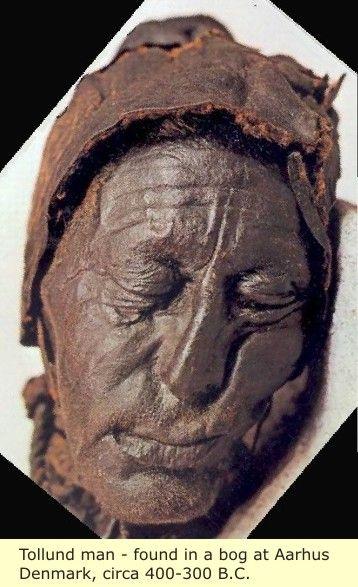 Tollund Man found in a bog at Aarhus, Denmark, circa 400-300 BC, wow ...