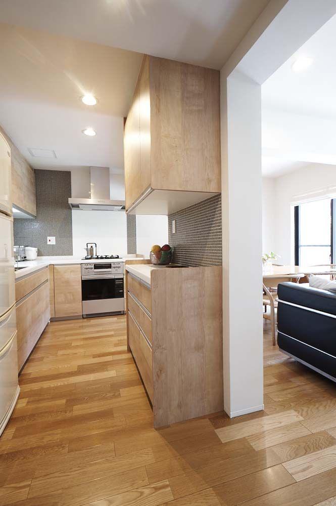 キッチン オープン 吊戸棚 収納 L字型 タイル壁 低層マンション