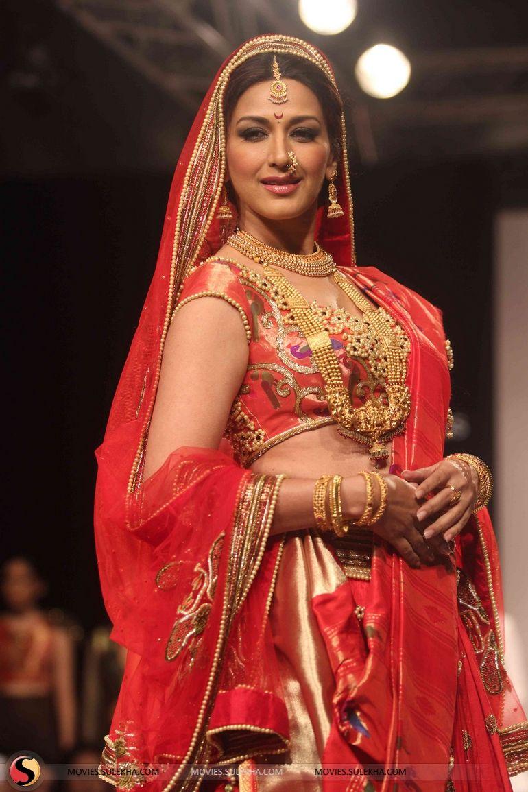 Sonali bendre as a maharashtrian bride for harshita chatterjee