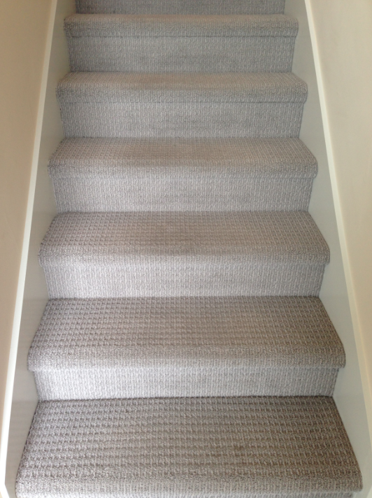 Best Type Of Carpet For Stairs - Home Safe