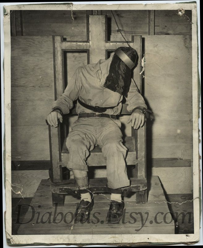 Disturbing Vintage Photo of Man in Electric Chair  $120 00