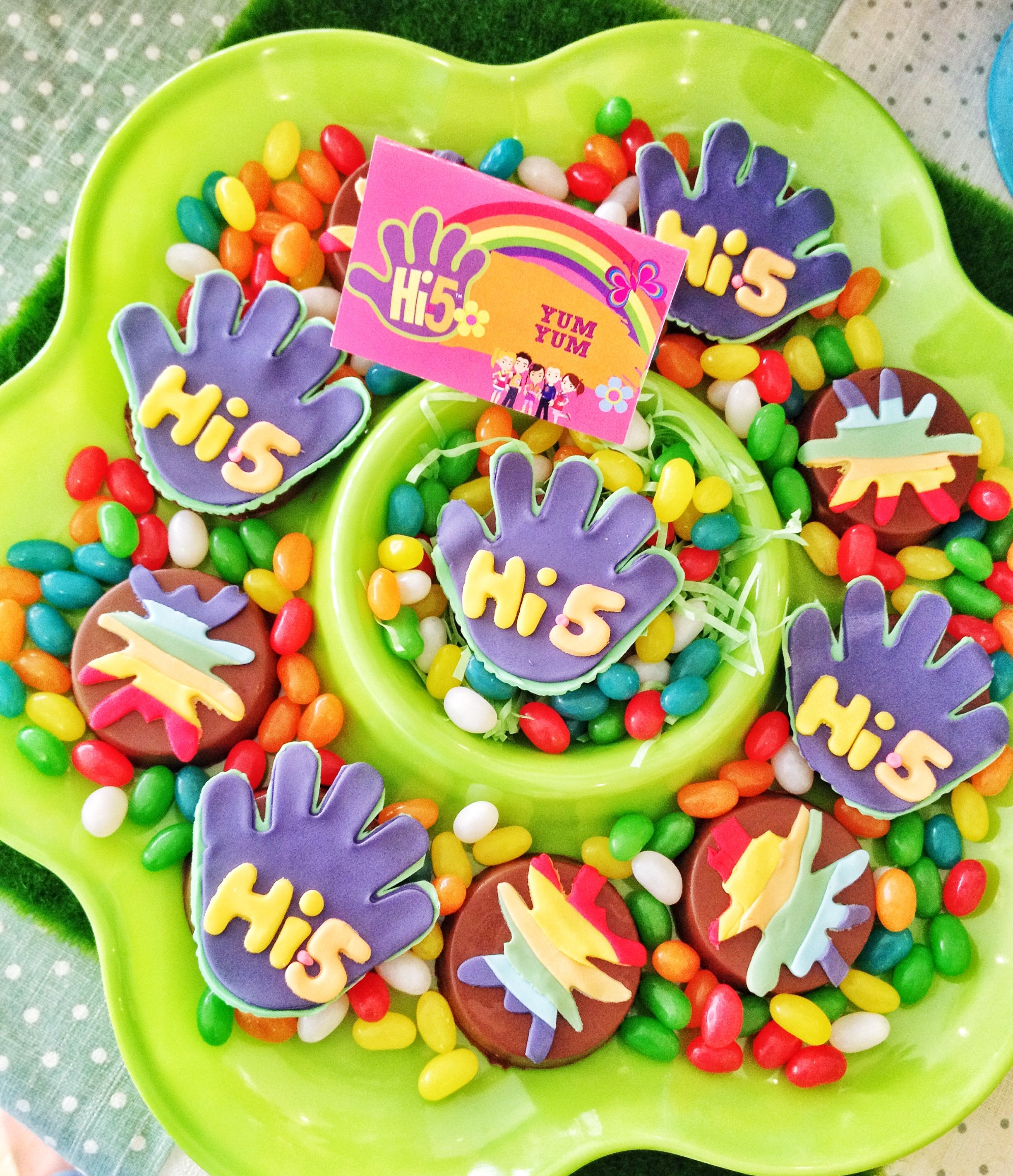 Hi 5 Themed Party 5th Birthday Parties Ideas Dessert Table