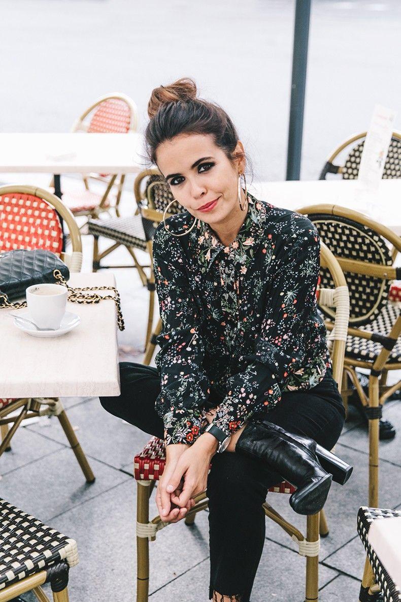 Ladies_in_Levis-Serie_711-Grey_Jacket-Floral_Blouse-Big_Loop_Earrings-Black_Boots-Outfit-18
