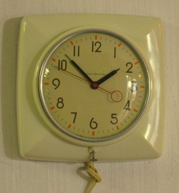 Vintage General Electric White Wall Clock Model 2h20 Quot The
