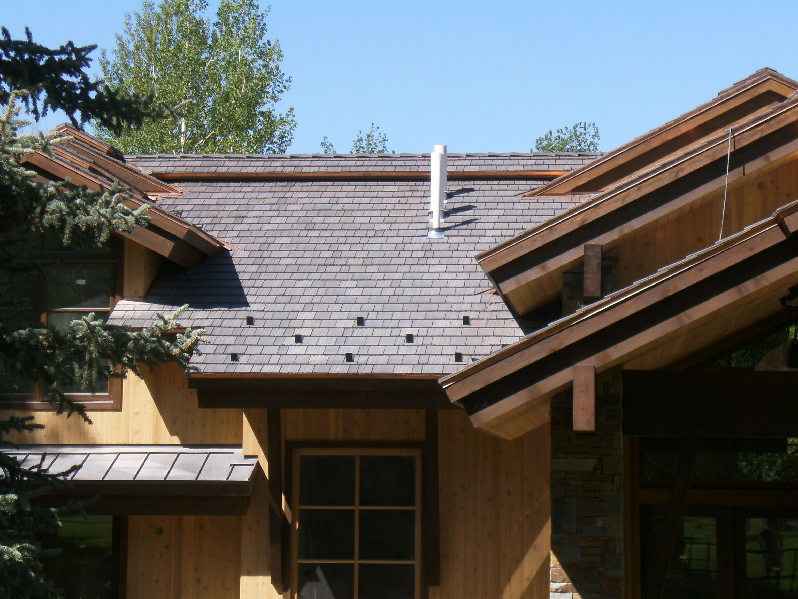 Best Mountain Blend House Exterior Shake Roof Roofing 400 x 300
