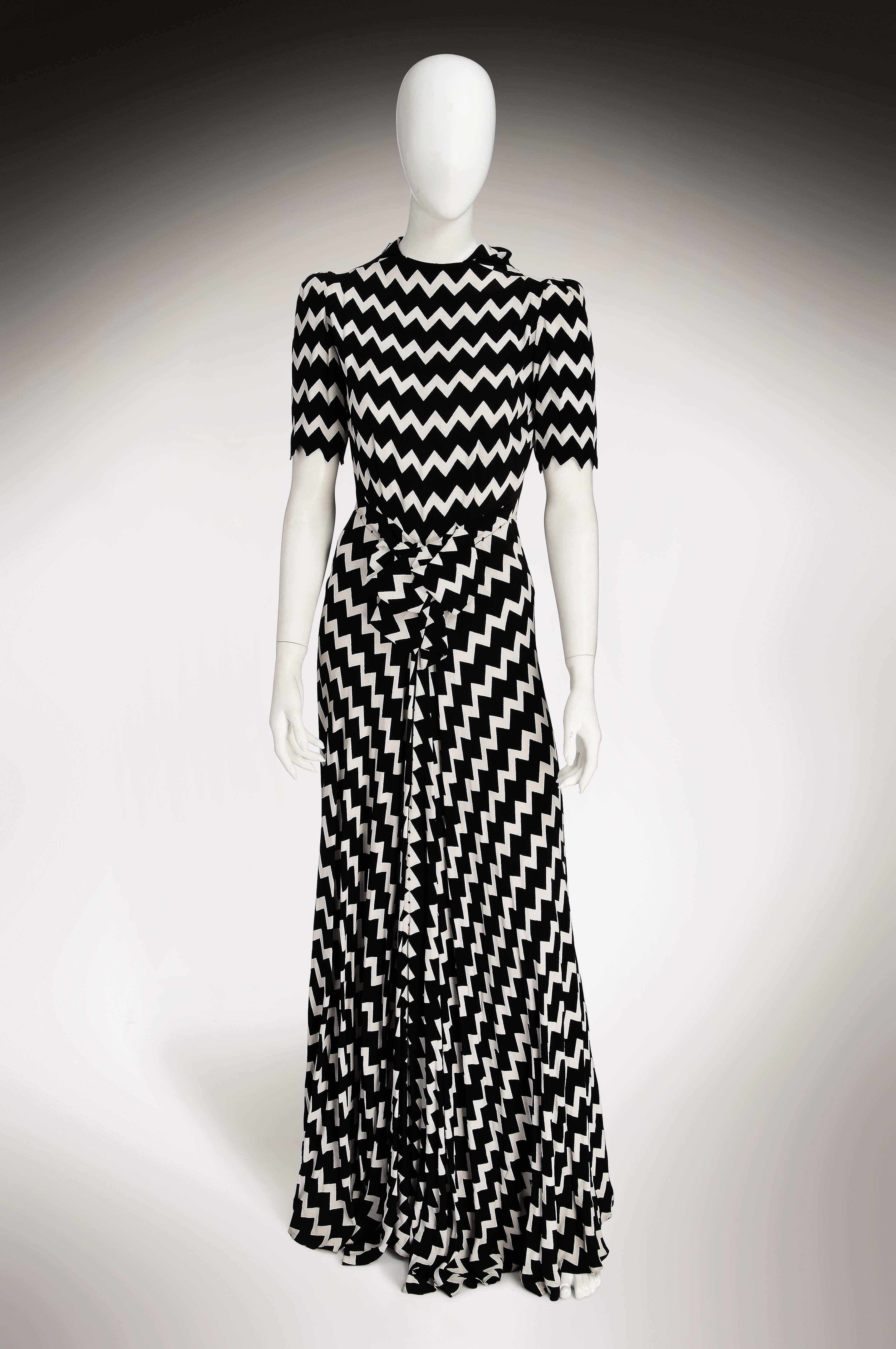 A fabulous white and black zigzag print s lanvin soul