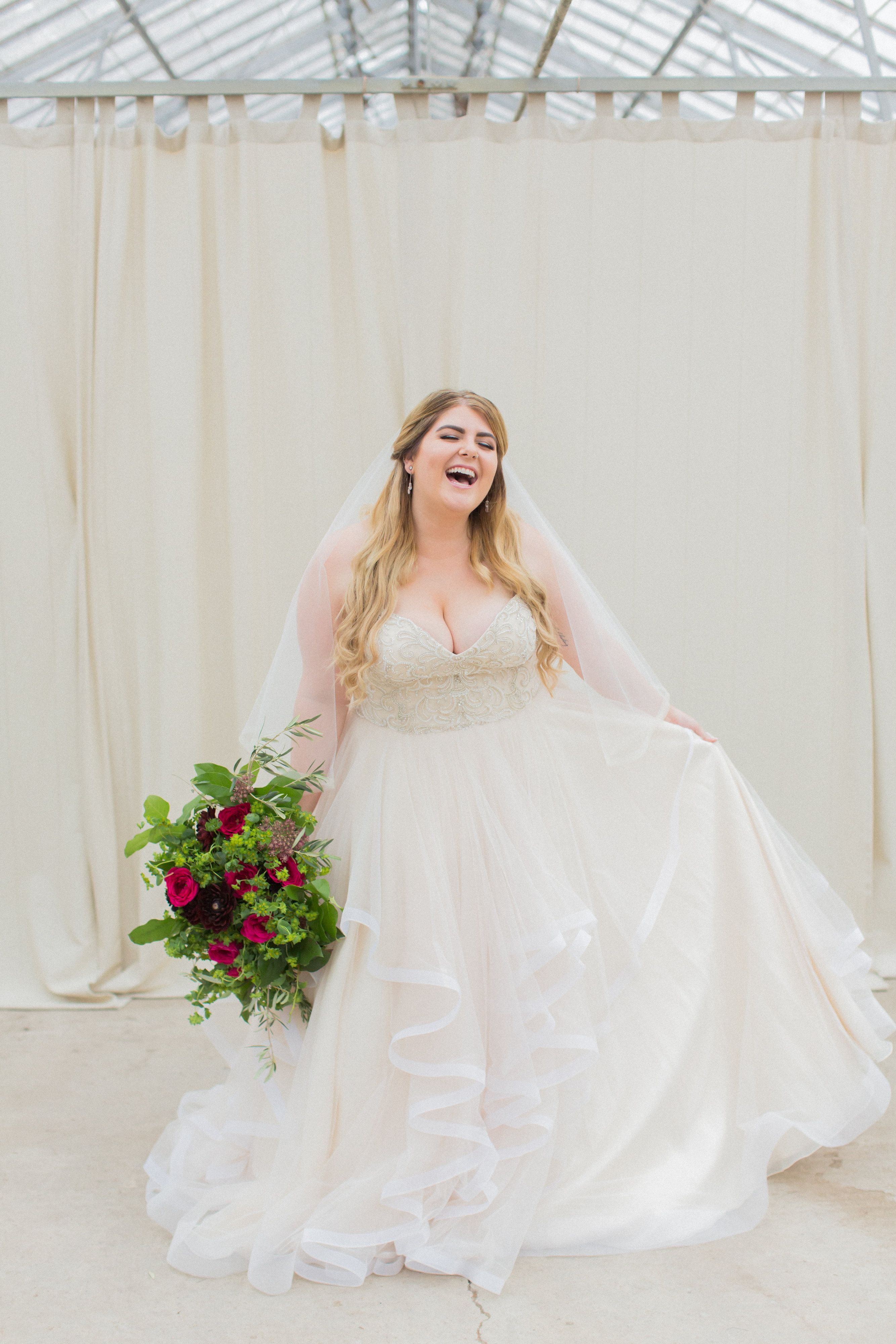Shopping For A Plus Size Wedding Gown Can Be Intimidating But Not At Della Curva Where Shopping For Plus Size Wedding Wedding Dresses Plus Size Wedding Gowns