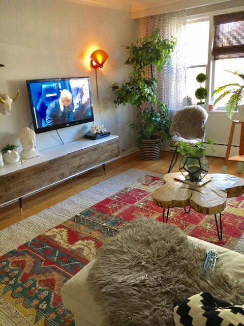 Boho Living Room Wall Light Aztec Rug Midcentury Tv Stand Diy