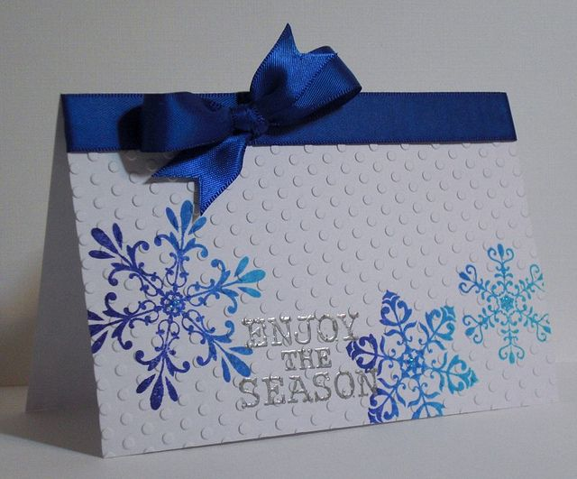 Snowflakes | Finishing up cards to give locally & awaking to… | Flickr