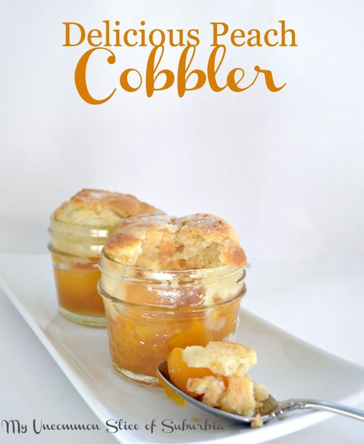 Peach Cobbler in a Jar #peachcobblercheesecakeinajar