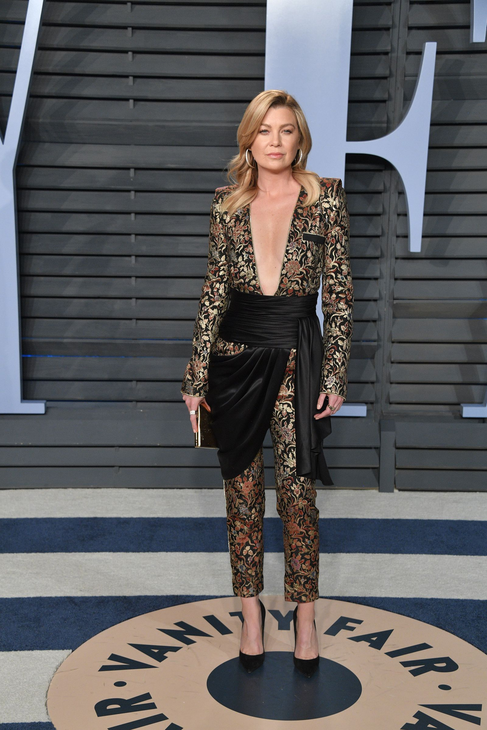 The Most Scandalous Dresses On The Oscars Red Carpet Magazine