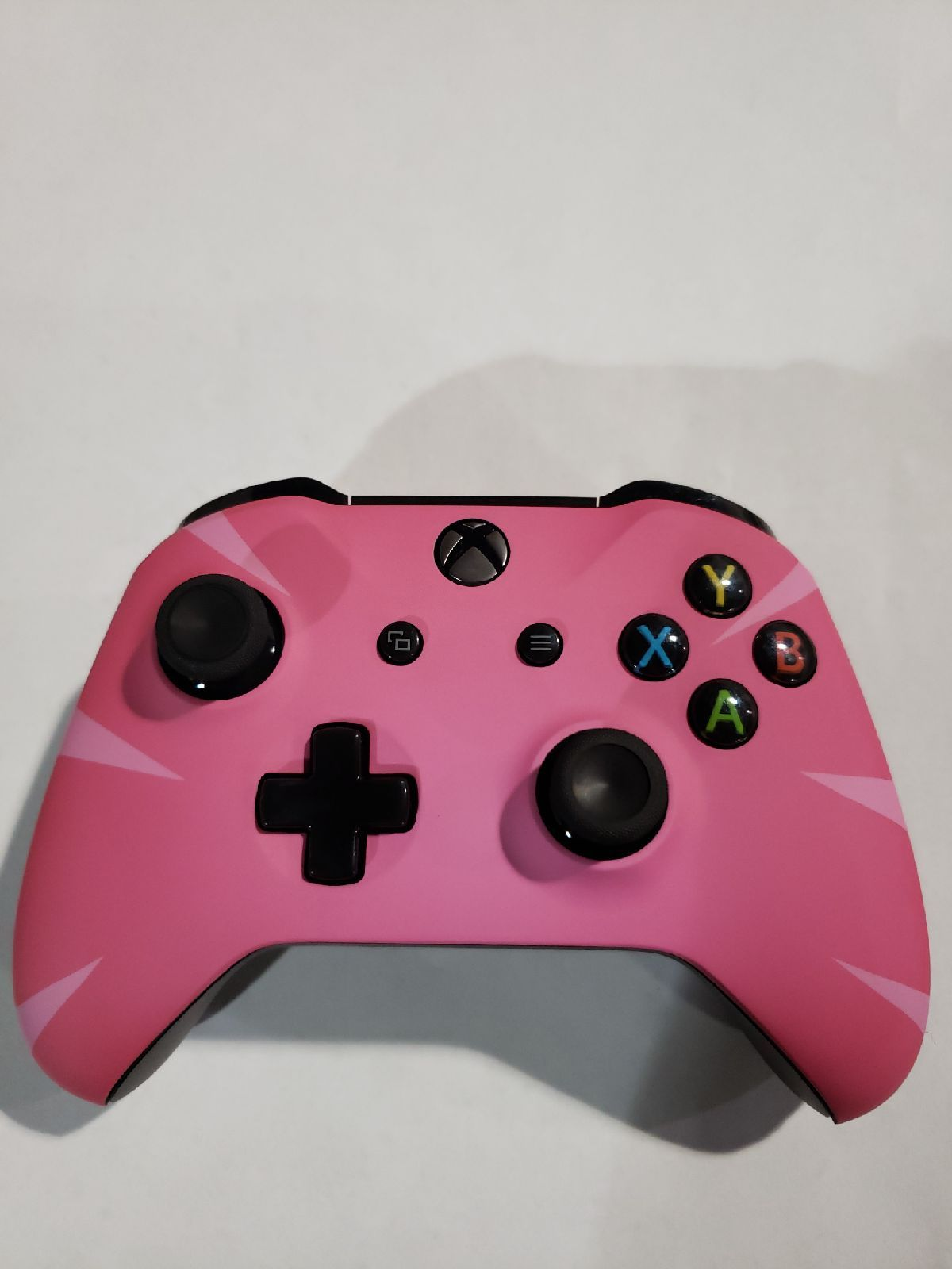 Does Xbox 360 Controller Work With Fortnite Fortnite Pink Xbox One Controller Custom Xbox One Controller Xbox Xbox One