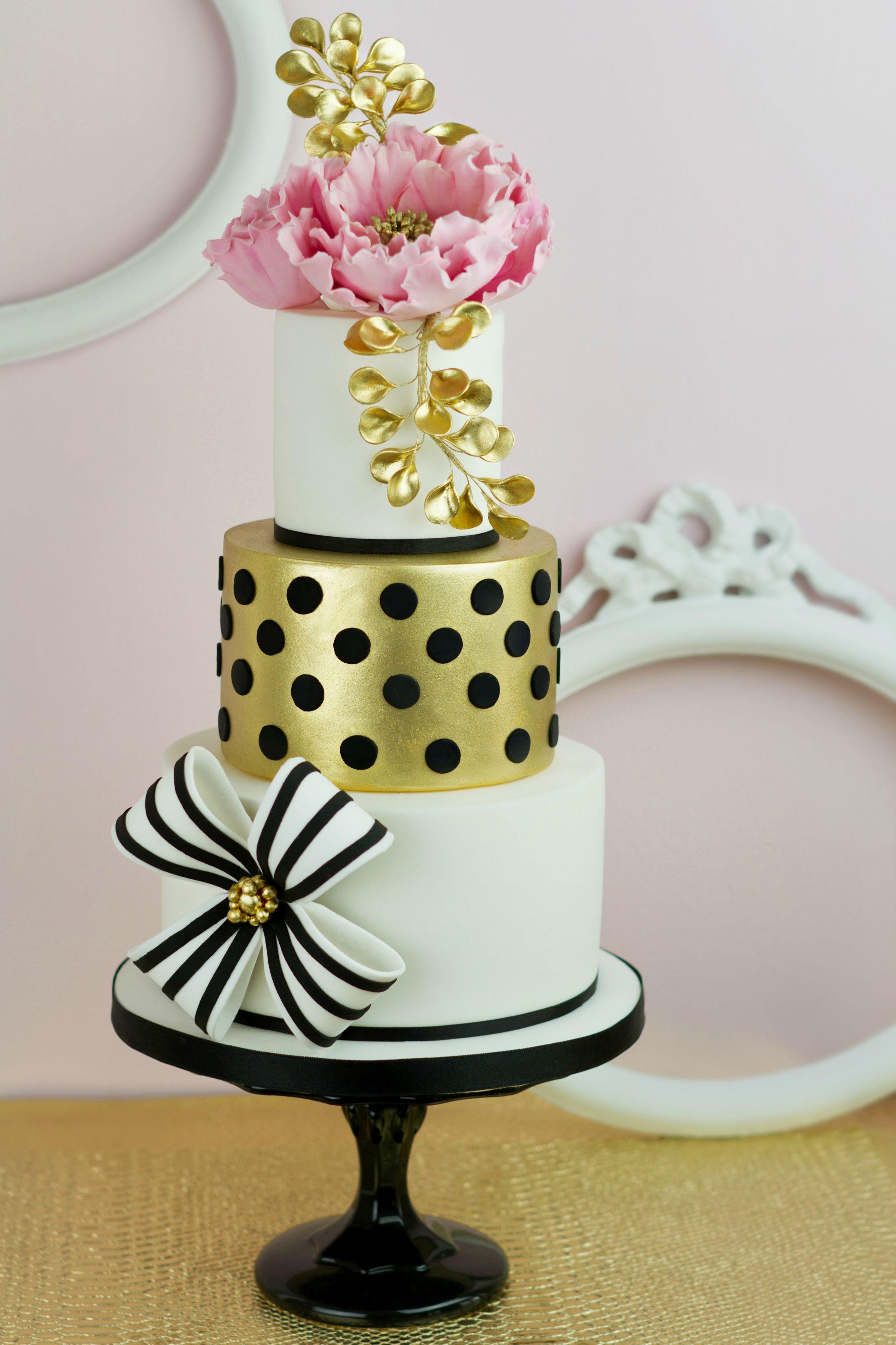 Wedding cakes haute couture