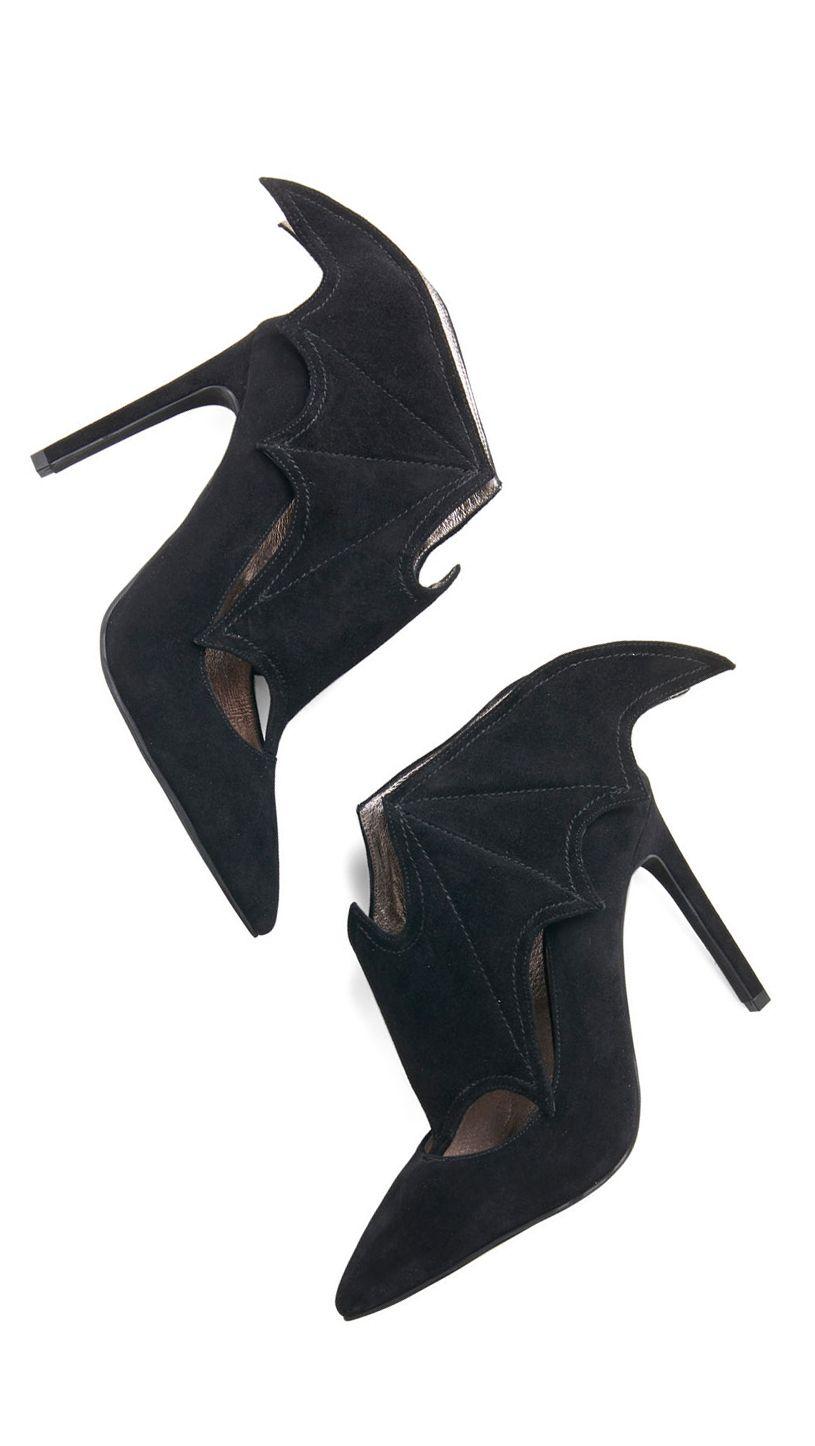 Bat Wing Heels - amazing!