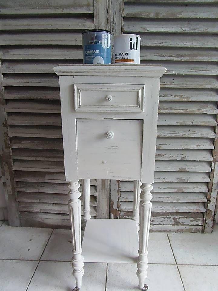 Par wwwatelierdes4saisons #Table de chevet #patinée avec la - Peindre Table De Chevet