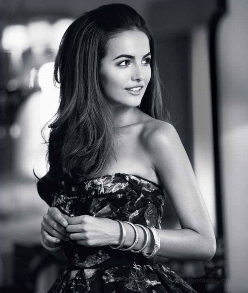 Camilla Belle looks amazing in EVERYTHING! Coiffures