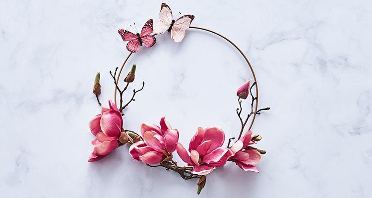 Frühlingserwachen mit dem DIY Magnolienkranz