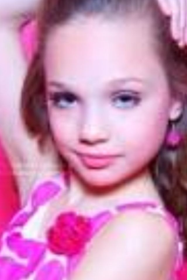 b2c04aede95d4 Dance Moms Maddie s season 1 pyramid picture.