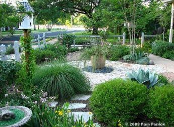 My former lawn-less front garden, Austin, Tx | Lawn Gone ...