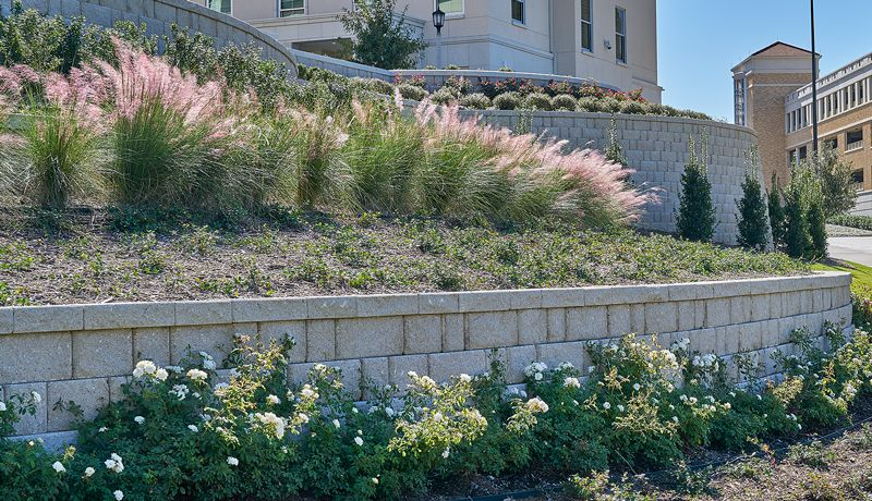 Featuring The Regal Stone Pro Rockface Unit Retainingwalls Retainingwall Structuralwall Structuraldesign Wall Comme Structures Retaining Wall Plants