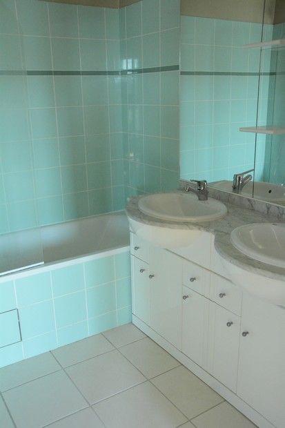 Salle de bain - étage avec baignoire | A vendre - URGENT -Duplex ...