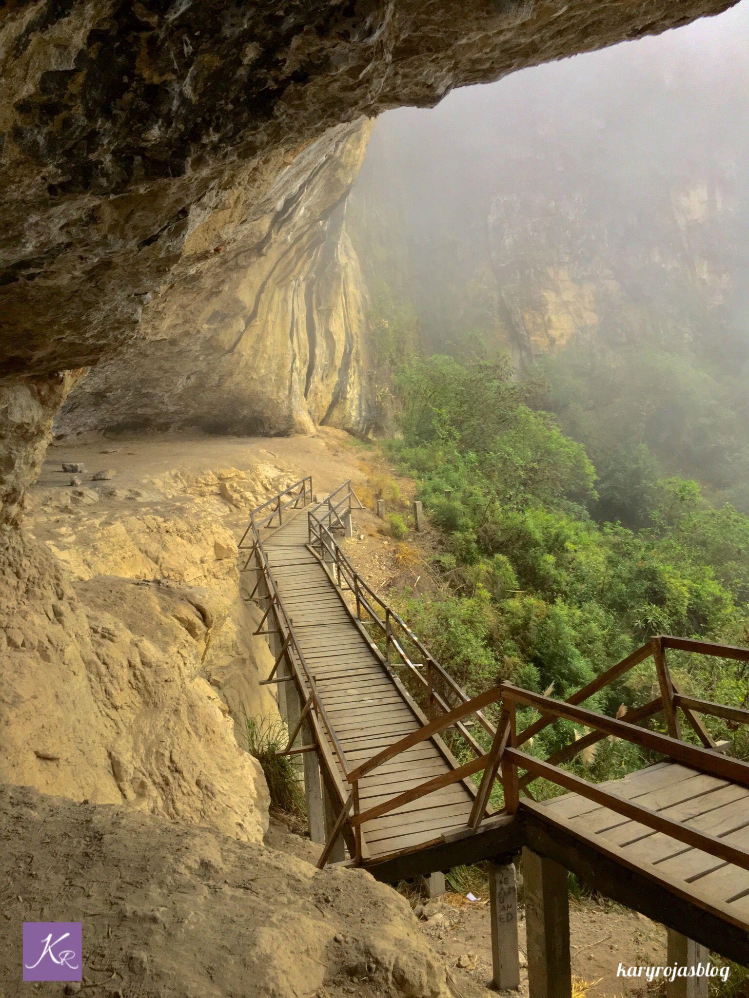 Banos Del.Cuevas Banos Del Inca Saraguro Loja Ecuador