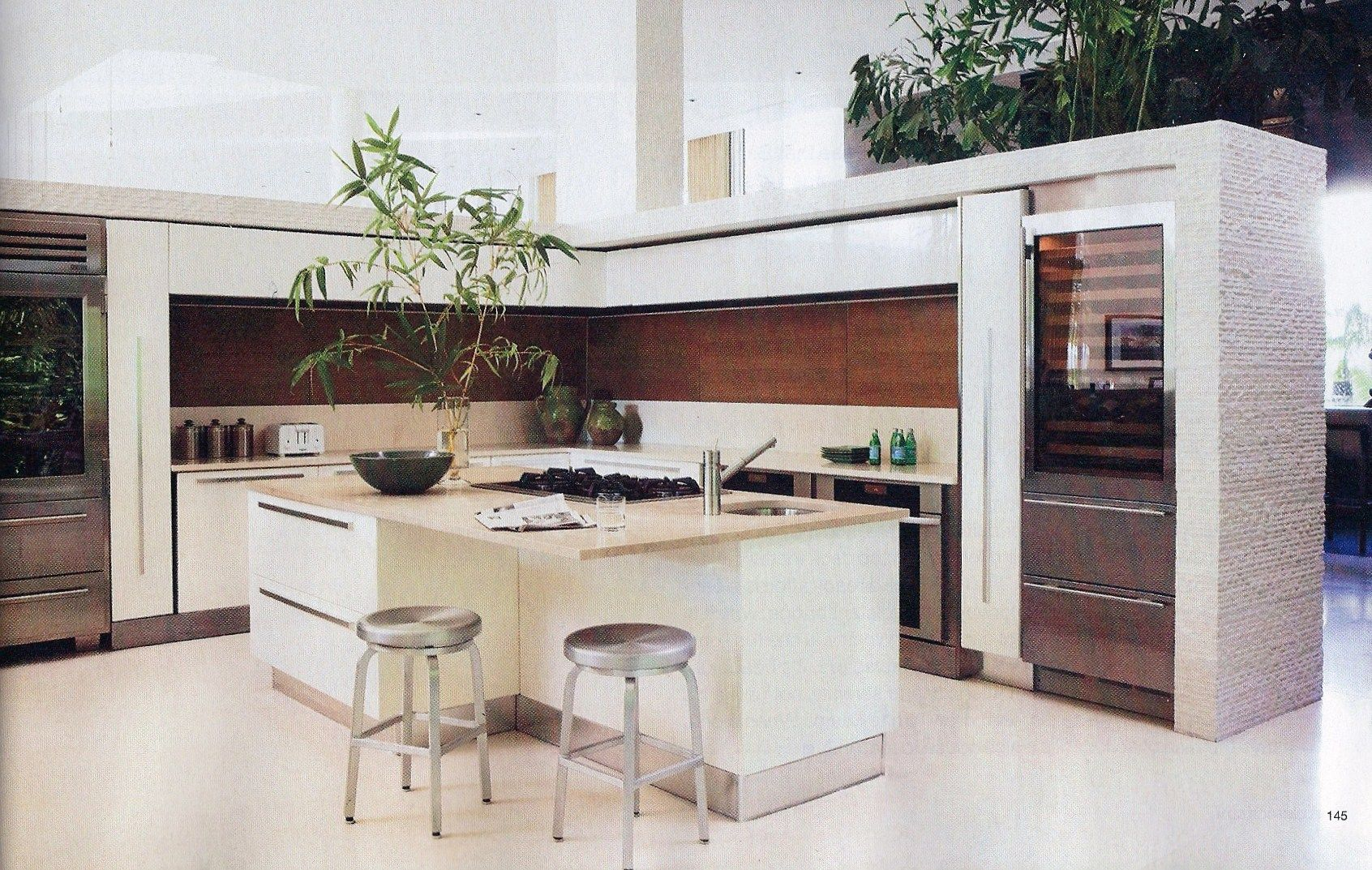 This 3 4 Wall Kitchen Design Is What I Am Basing My Class Kitchen Design Project From I Just Love It M Home Kitchens Freestanding Kitchen Celebrity Kitchens