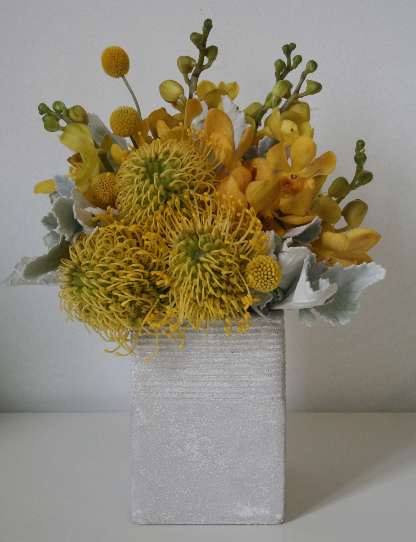 Pin By Petal Design On Modern Flower Vase Arrangements Fresh Flowers Arrangements Flower Vases