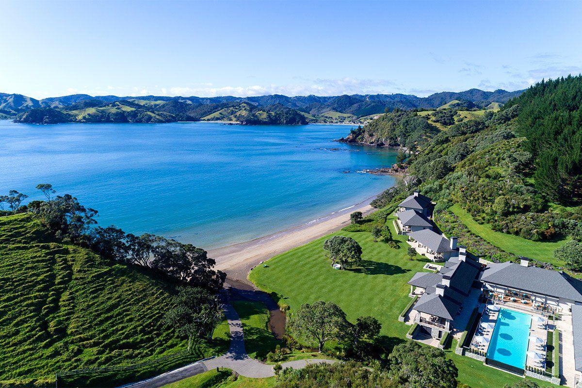 A Breathtaking Farm Retreat in New Zealand | Travel ...
