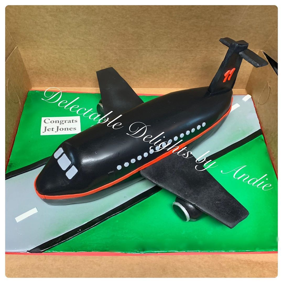 @juliojones_11 cake