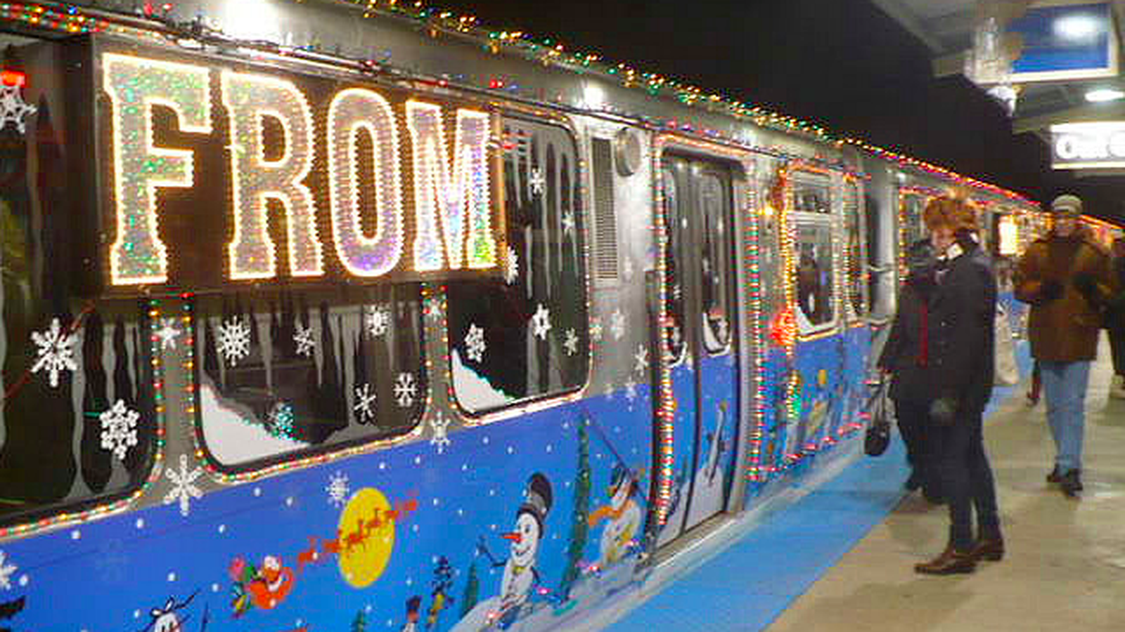 bust out the holly the ctas santa train is coming to town - Cta Christmas Train 2014