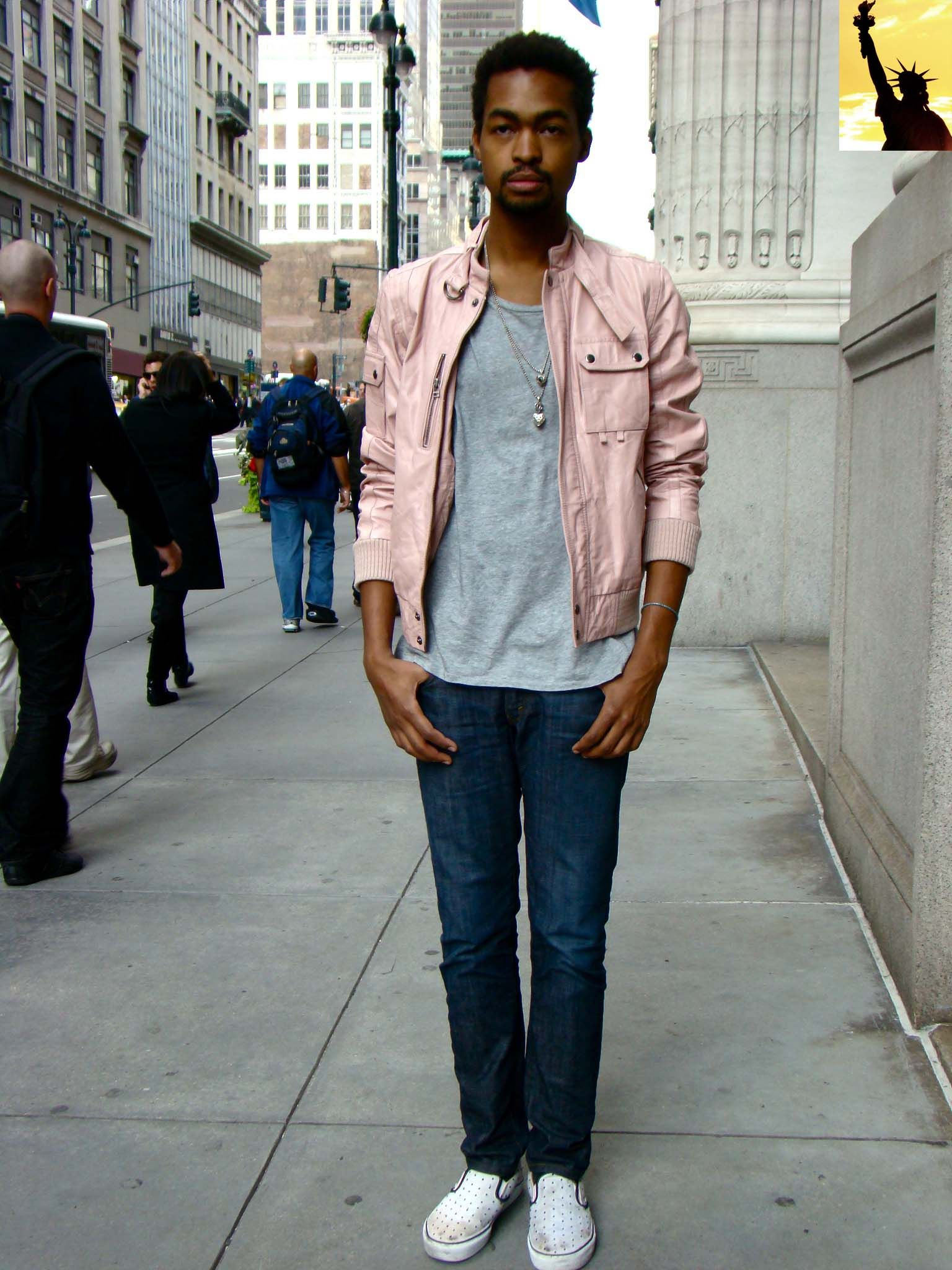 guy-pink-leather-bomber-jacket-jeans-and-grey-shirt.jpg (1536×2048 ...