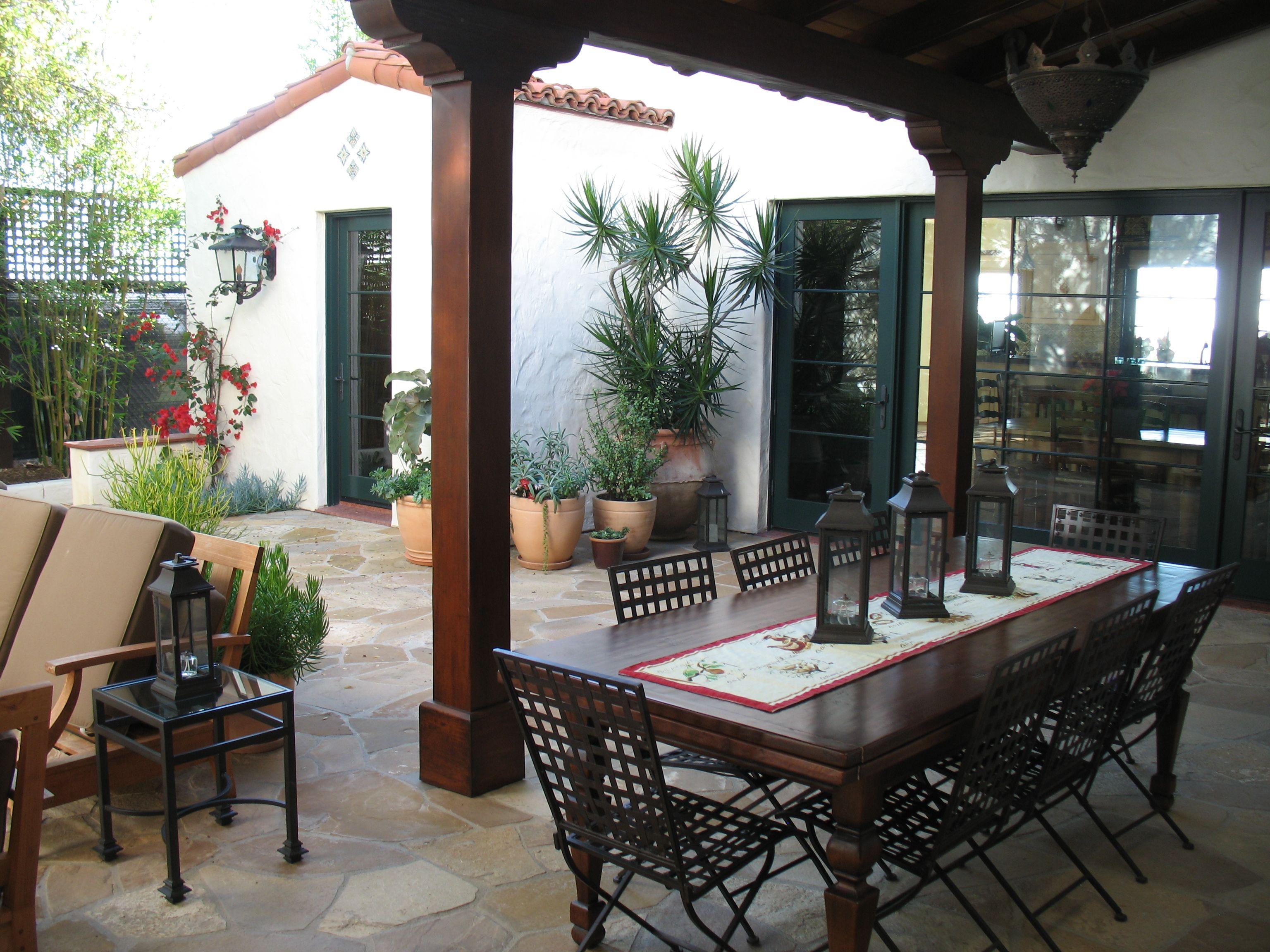 La Jolla residence Outdoor decor, Pergola, Patio umbrella
