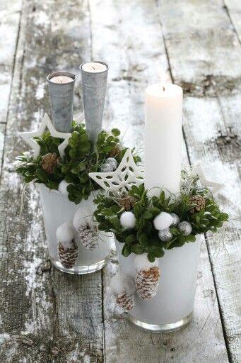 Kerststuk bloem pinterest kerst kerstmis en kerstversiering - Deco rustieke modern ...