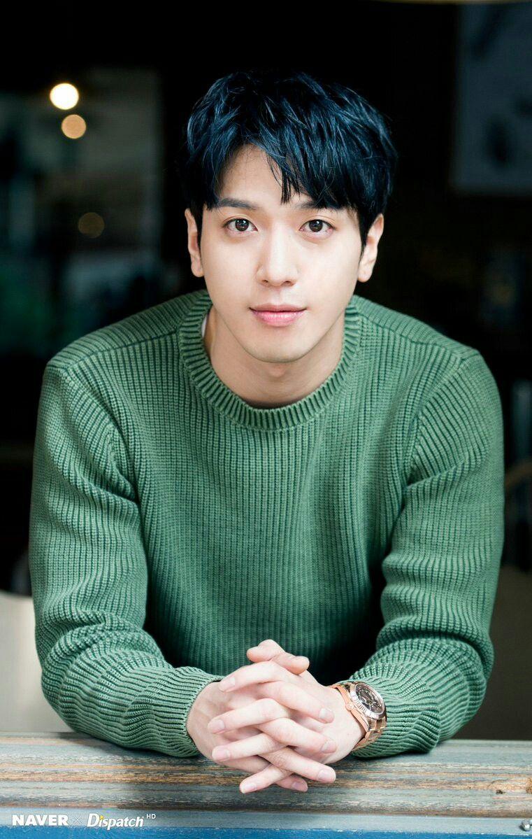 Jung Yong Hwa Kpop Cnblue Yonghwa Cnblue Lee Jong Hyun