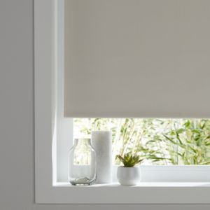 Colours Pama Corded White Thermal Roller Blind L 195 Cm W 180 Cm Roller Blinds Blinds White Roller Blinds