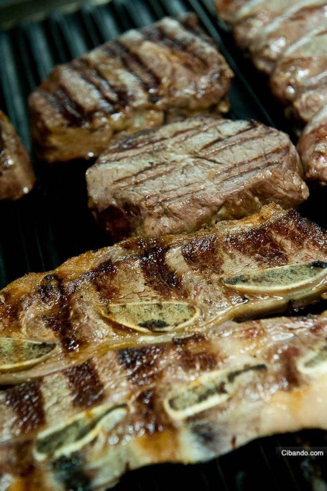 Asado de tira wagyu tipo kobe controfiletto filetto for Cucinare entrecote