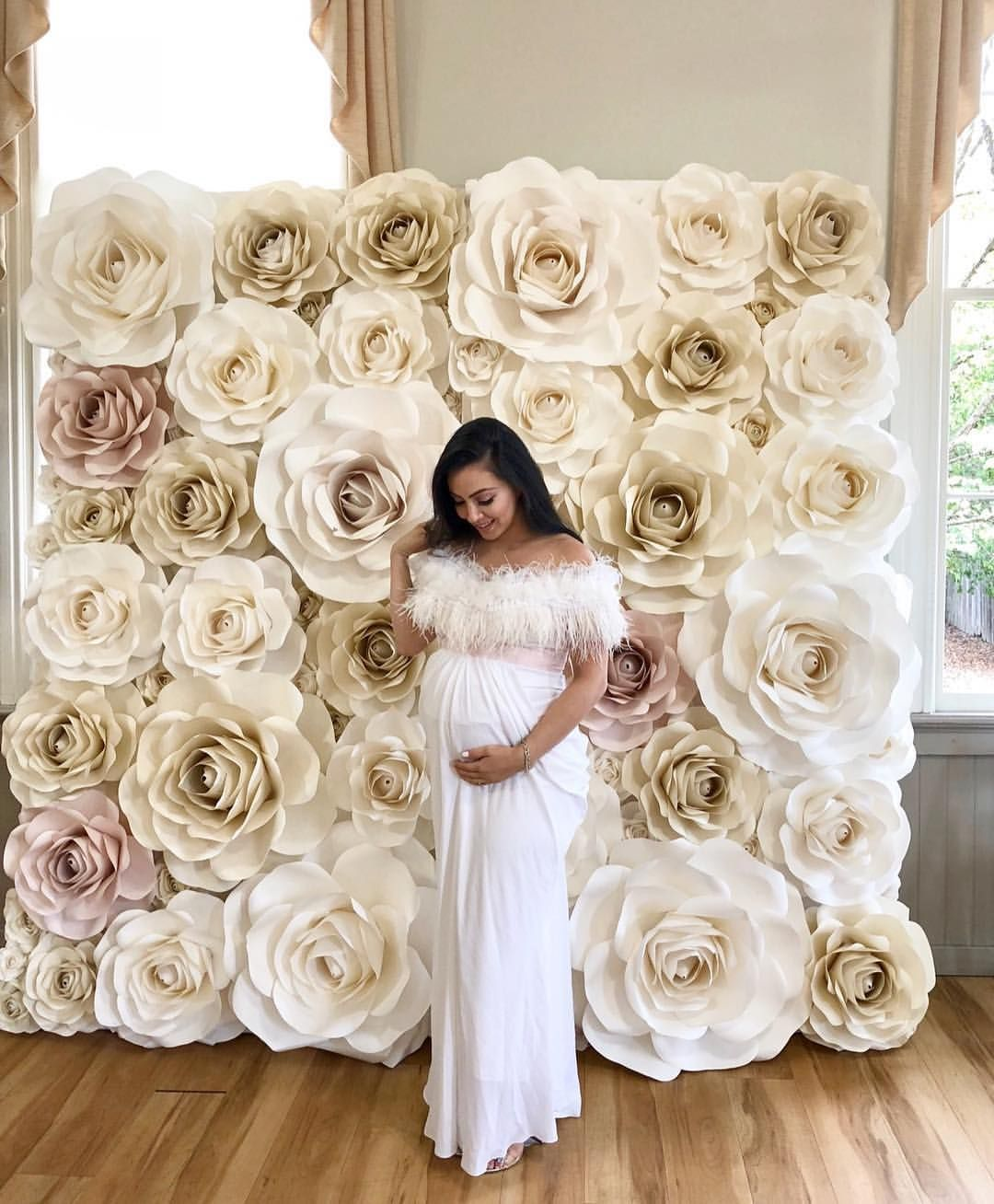 8x8 Paper Rose Wall For A Beautiful Momma Paperflowers Paperroses Paperrose Paperrosewall Pa Flower Wall Wedding Flower Wall Backdrop Elegant Baby Shower