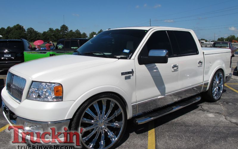 2010 Texas Showdown Truck Show Lincoln Mark Lt 26 Inch Wheels Lincoln Mark Lt Suv Trucks Trucks