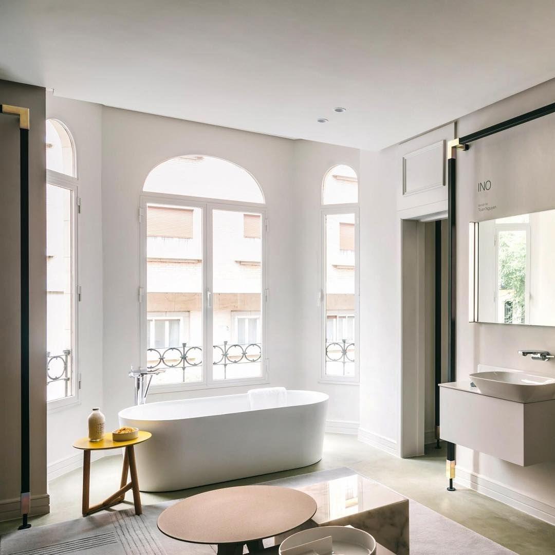 Salle de bain par Laufen disponible au showroom David B #laufen125 ...