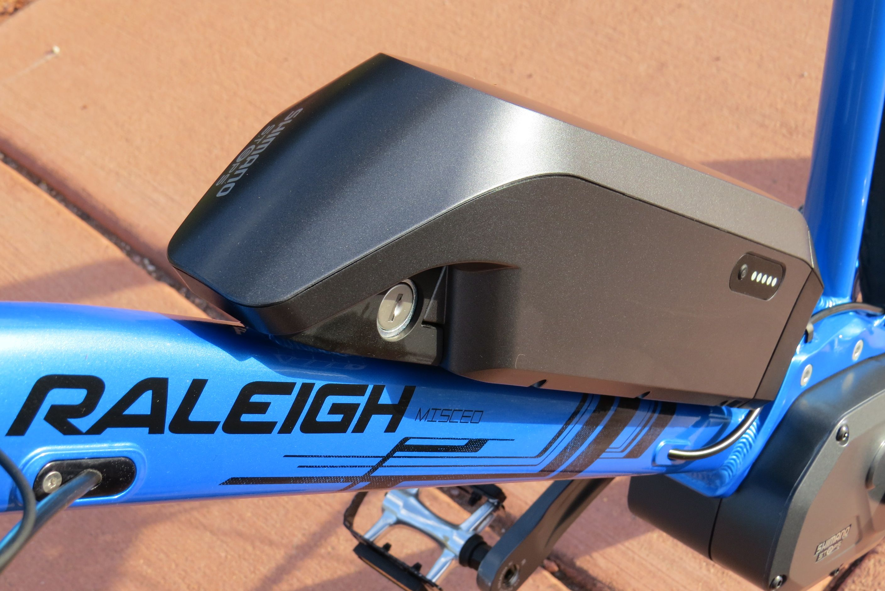 Raleigh Misceo iE w/ Shimano STePS Mid Drive: Pictures