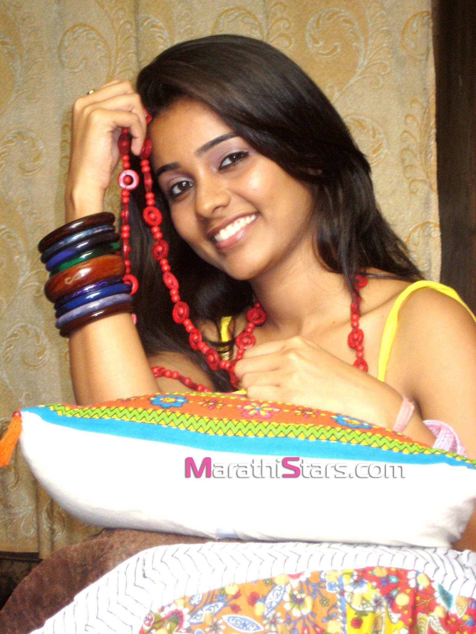 Akshaya Gurav Marathi Actress s Biography Wallpapers Wiki Imges
