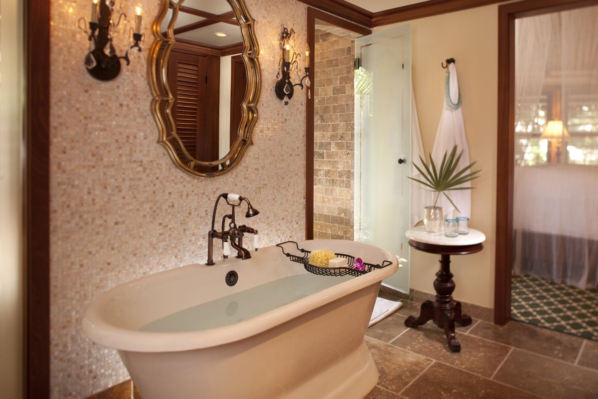 12 Best US Hotels With Jacuzzi In Room For Your Next