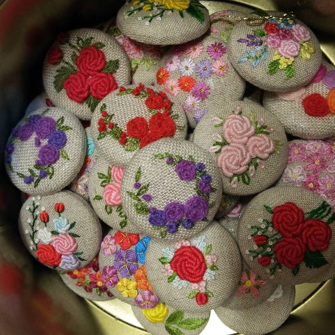 "267 Likes, 12 Comments - 건대프랑스자수 steady_embroidery (@steady_embroidery) on Instagram: ""#embroidery #handmade #gachi"""