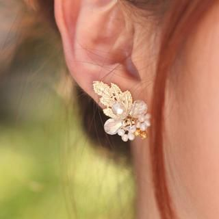 Buy 'kitsch island – Silver Beaded Earrings' with Free International Shipping at YesStyle.com. Browse and shop for thousands of Asian fashion items from South Korea and more!