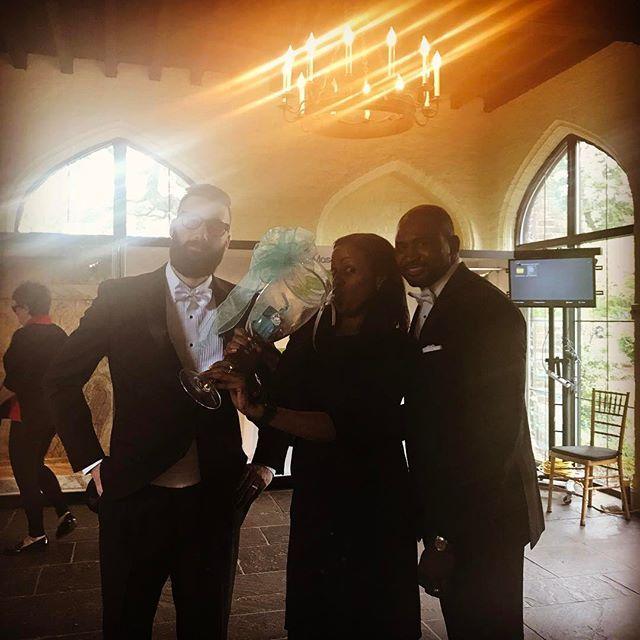 Don't mind me cheers... #takeasip #grooms #groomsmen #flyguys #workflow #photography #mansion #models #warmup #girlsjustgottahavefun #cheers #newjersey #newyork #philadelphia #islandgirl #islandlife #weddingplanning #weddings #bestdressed #evedeso #eventdesignsource - posted by Antoinette Larman https://www.instagram.com/alarmanuvi. See more Wedding Designs at http://Evedeso.com