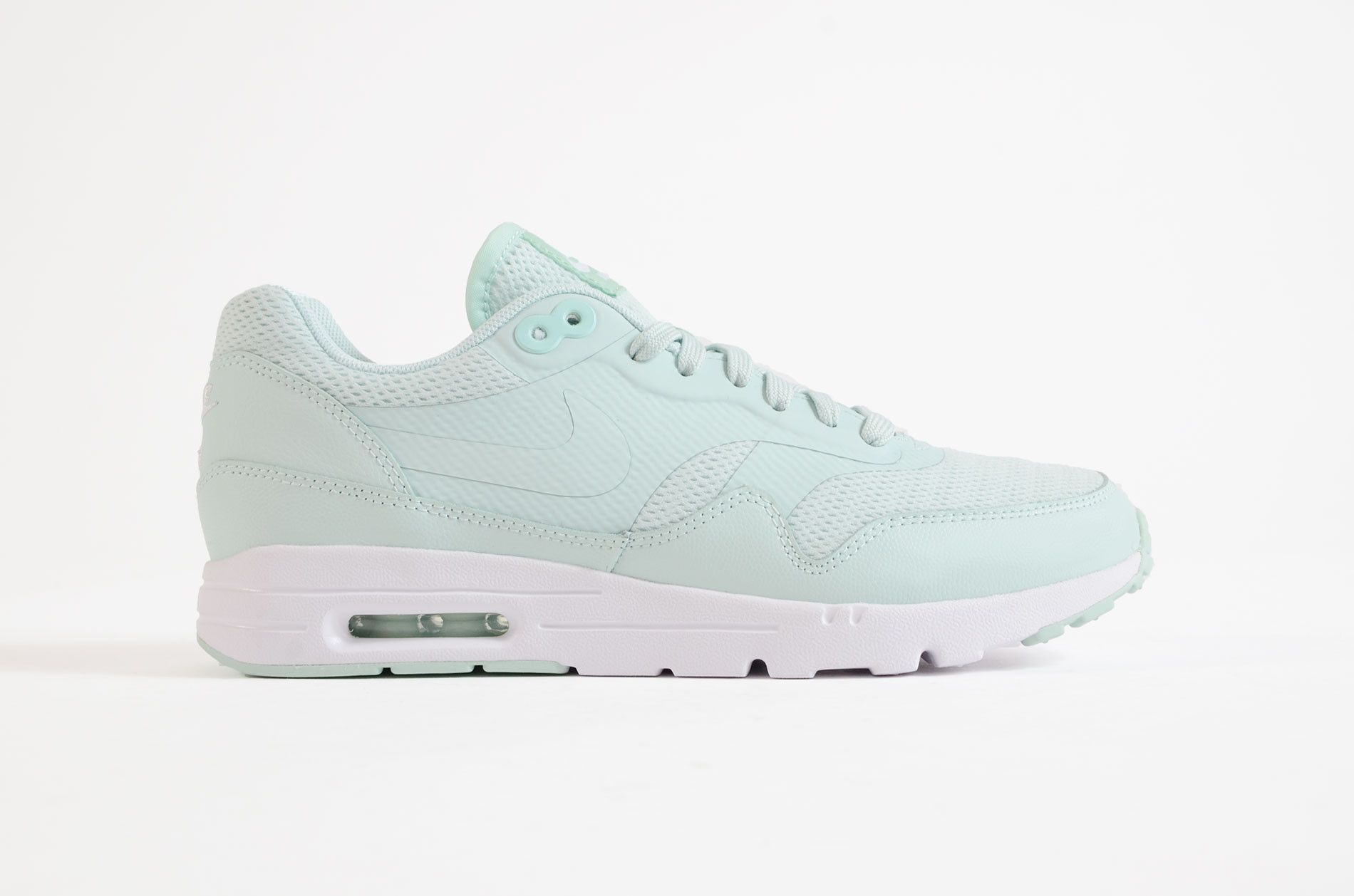 air max essential mint