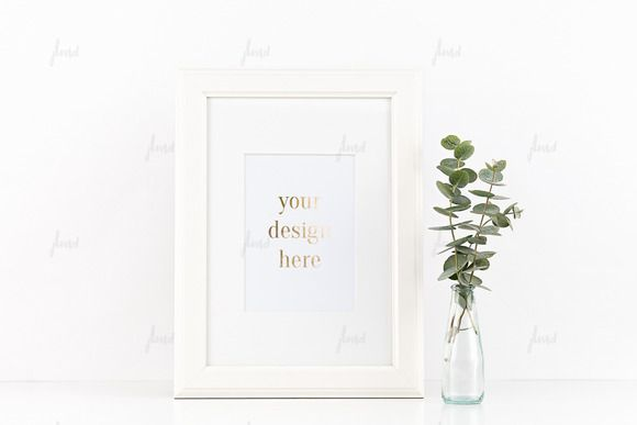 Styled Stock White Frame Mockup ♥ | Mockup and Creative
