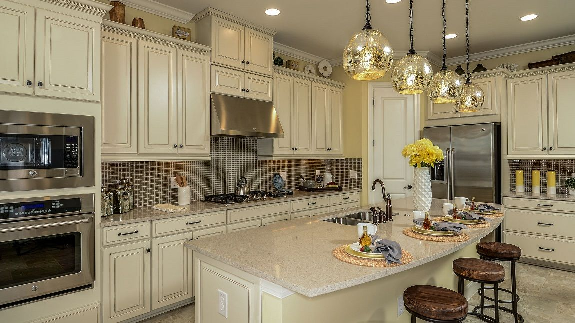 Trevi Kitchen Kitchen remodel small, New homes, Condo