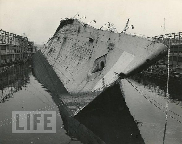 Incredible images of the 20th Century. SS Normandie.